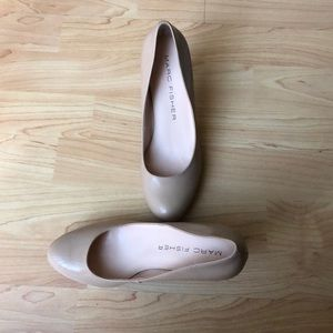 Marc Fisher beige rounded toe high heeled pumps